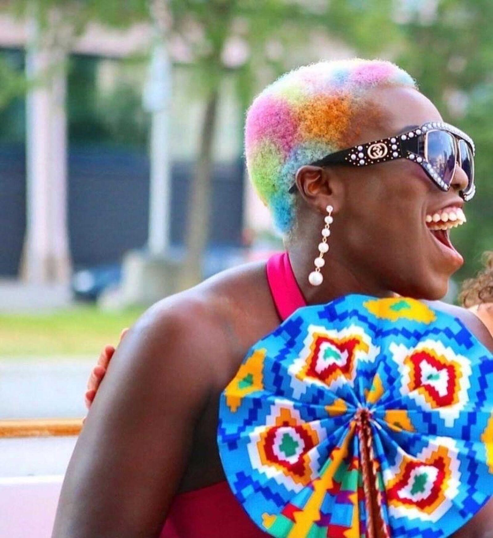Regnbuefarget hår joico 2